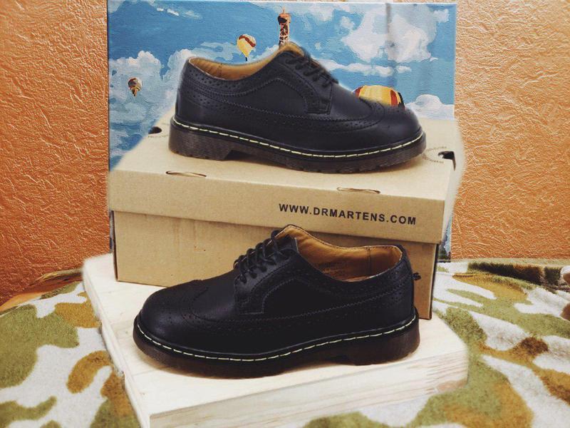 Туфлі dr. martens