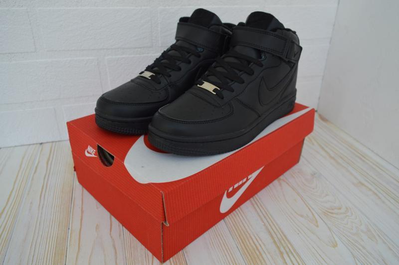 Зимні кросівки nike