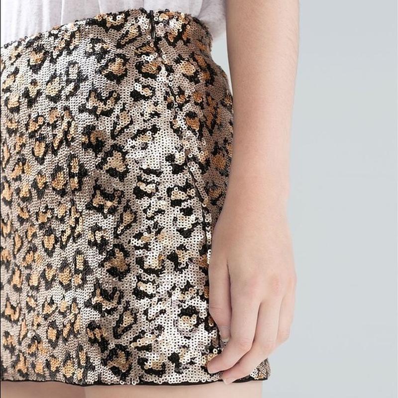 Очень красивая,мини юбка в паетки,вечерняя в леопардовый принт... - Фото 6