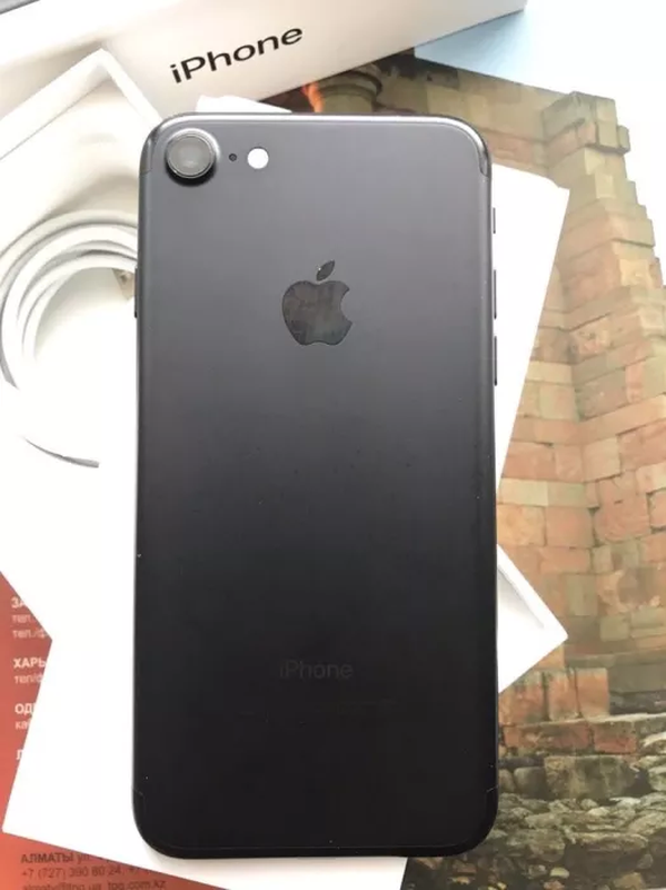 IPhone 7 32 GB Black черный идеальное состояние, Айфон 7