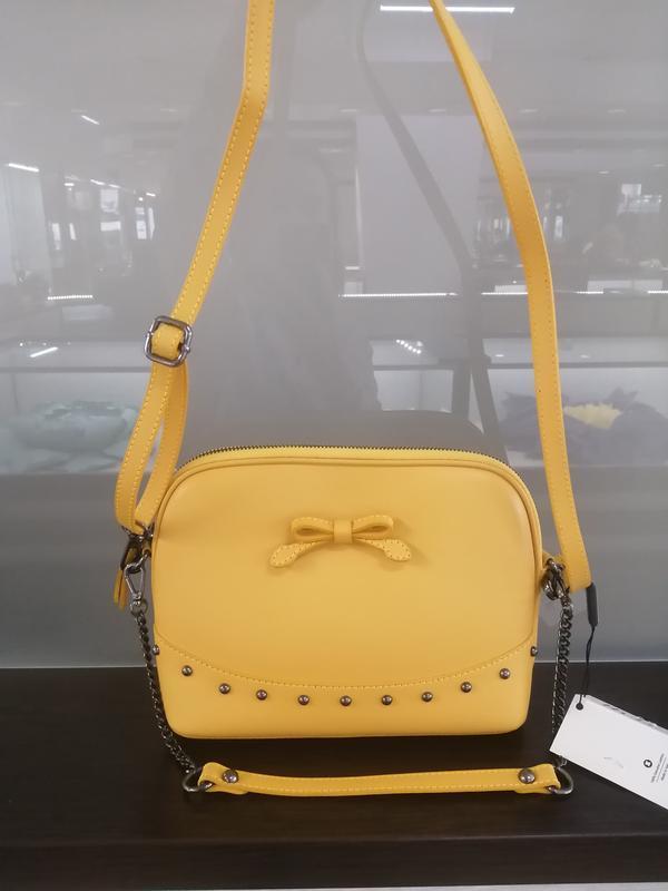 Кожаная сумка италия цвет желтый