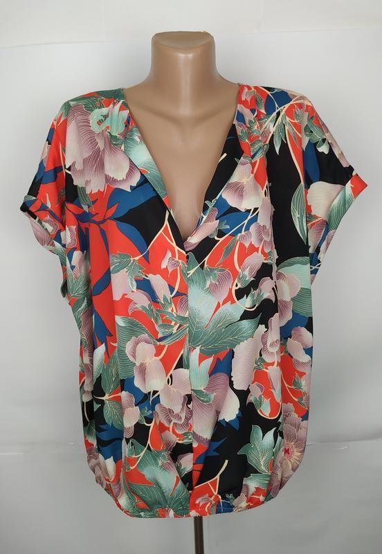 Блуза красивая в принт большого размера на резинке по низу geo...