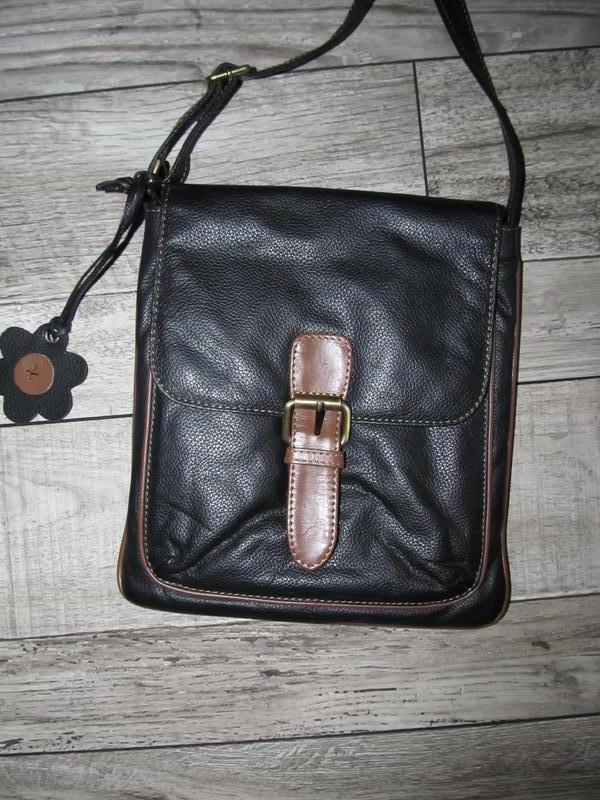 Натуральная кожа -маленькая сумочка планшет