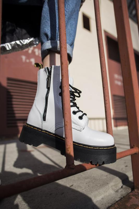 Женские зимние ботинки Dr Martens white на меху мартинсы 36-40