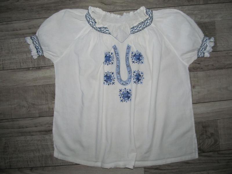 Легкая блузка вышиванка р. 14