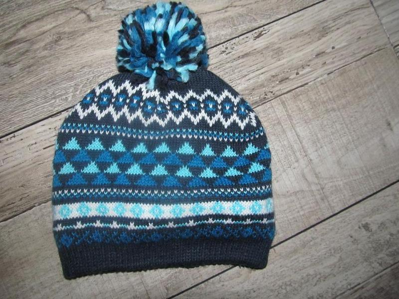 Акрил+флис шапочка для мальчика c&a р. 44см