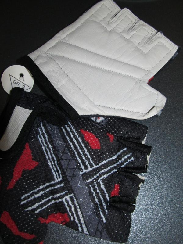 Беспалые перчатки  p s