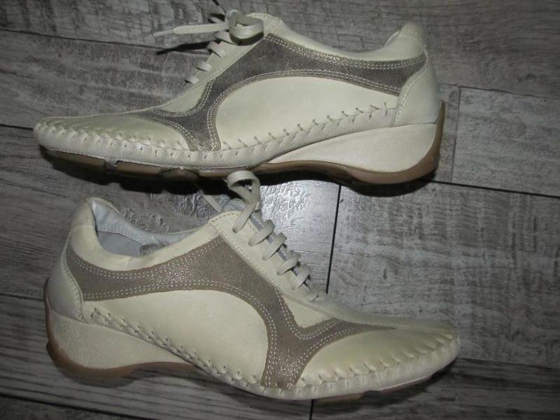 Суперкомфортные туфли кроссовки  clarks cloudsteppers р. 39 ст...