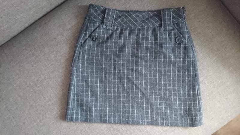 Шерстяная клетчатая юбка