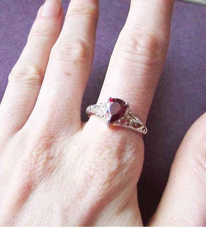 🏵потрясающее кольцо с гранатом-цирконом в серебре 925, 18 р., ... - Фото 2
