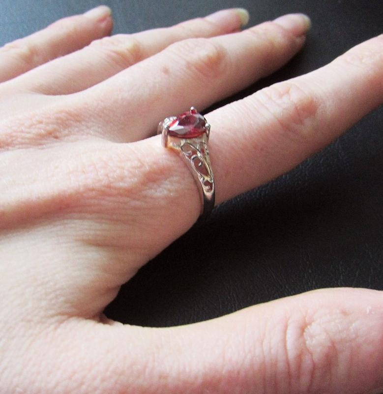 🏵потрясающее кольцо с гранатом-цирконом в серебре 925, 18 р., ... - Фото 3