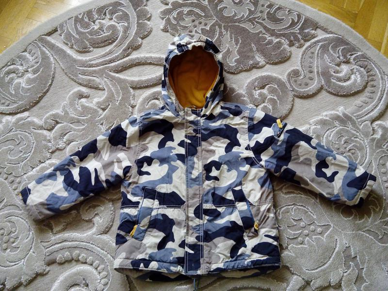 Демисизонная курточка 5-6 лет,100 грн