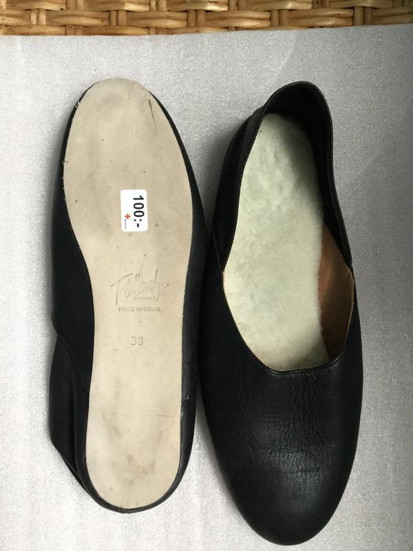 Тапочки кожаные с мех стелькой flattered stockholm