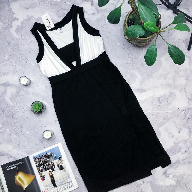 Новое с биркой стильное платье миди
