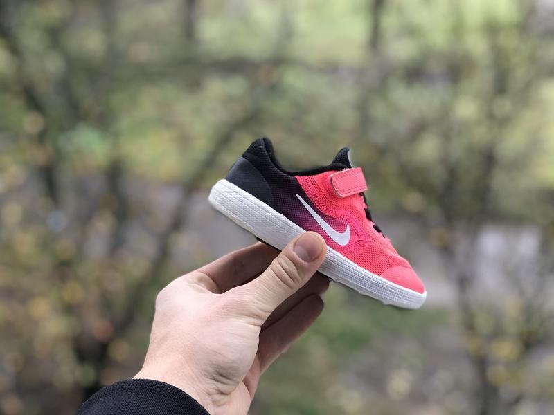 Nike revolution 3 спортивні кросівки оригінал