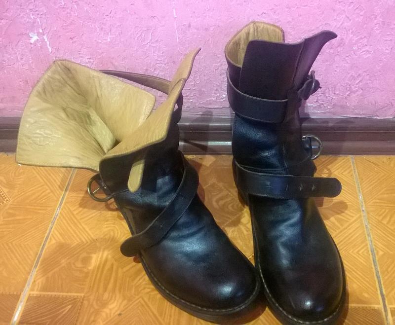 Ботинки ручная работа. marsell. кожаные ботинки
