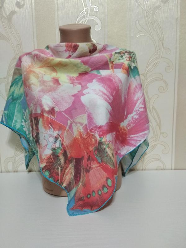 Нежный шелковый платок лето, 84*86см. 100% шелк.