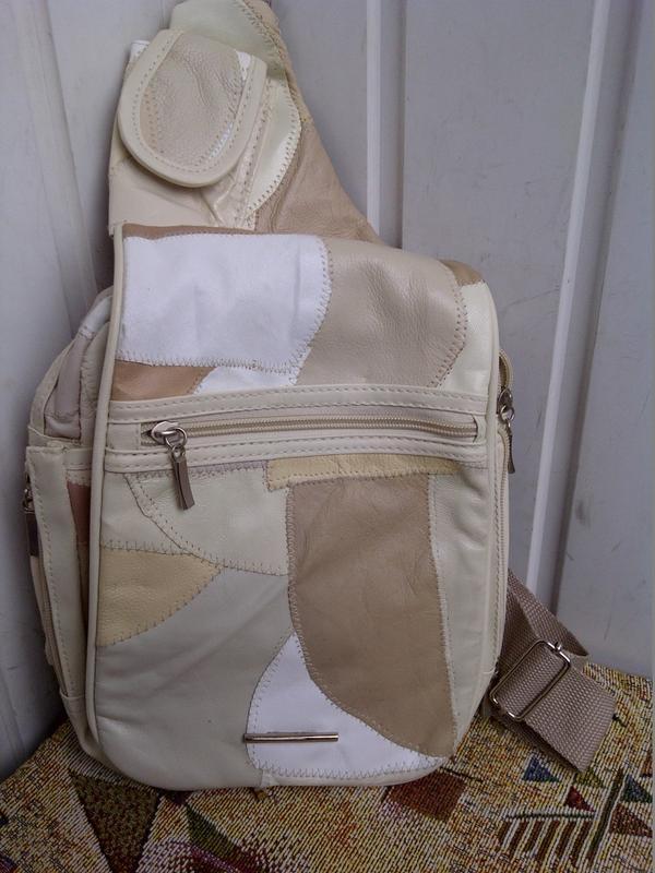 Нагрудная сумка с одной лямкой