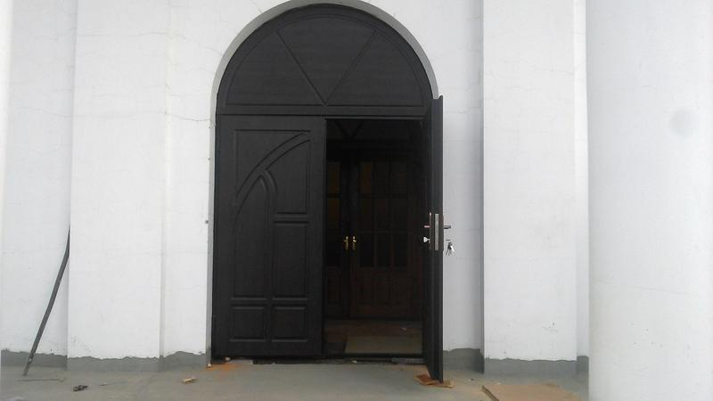 Входные металлические двери по индивидуальным параметрам