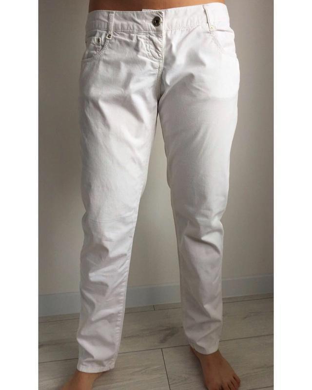 Брюки, штани білі.