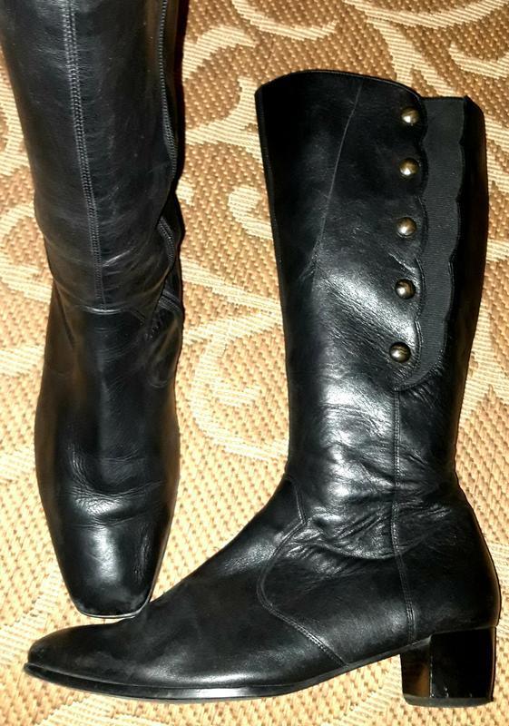 Стильні шкіряні чоботи durea