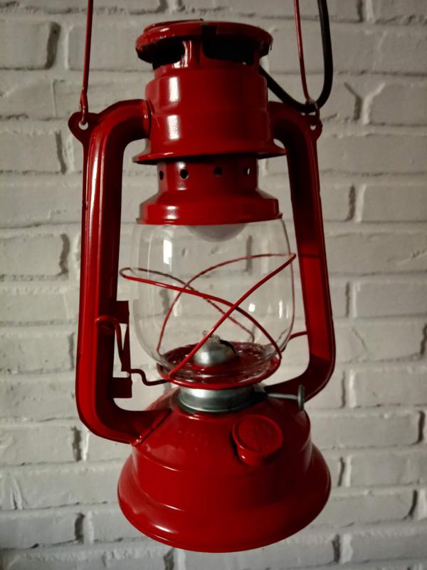 """Світильник """"Лампа керосинова""""(електро)"""