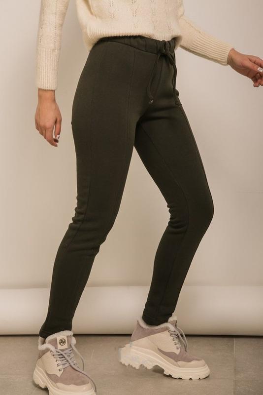 Повседневные, спортивные женские штаны с начесом хаки