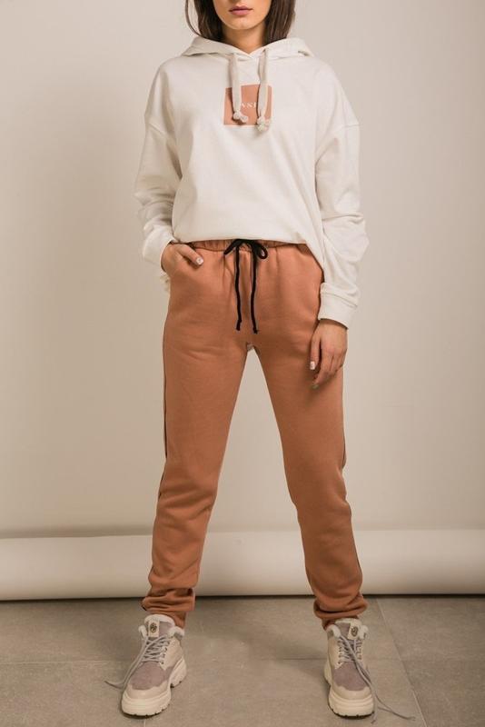 Спортивные теплые женские штаны с начесом