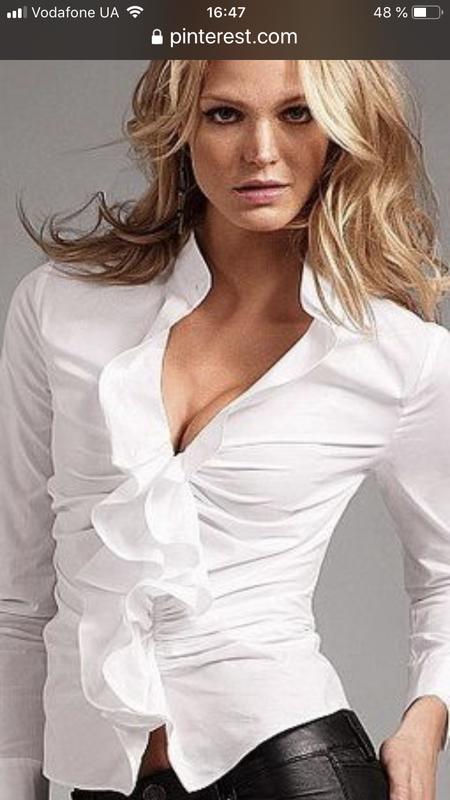 Базовая белая блузка-рубашка marc cain с воланами
