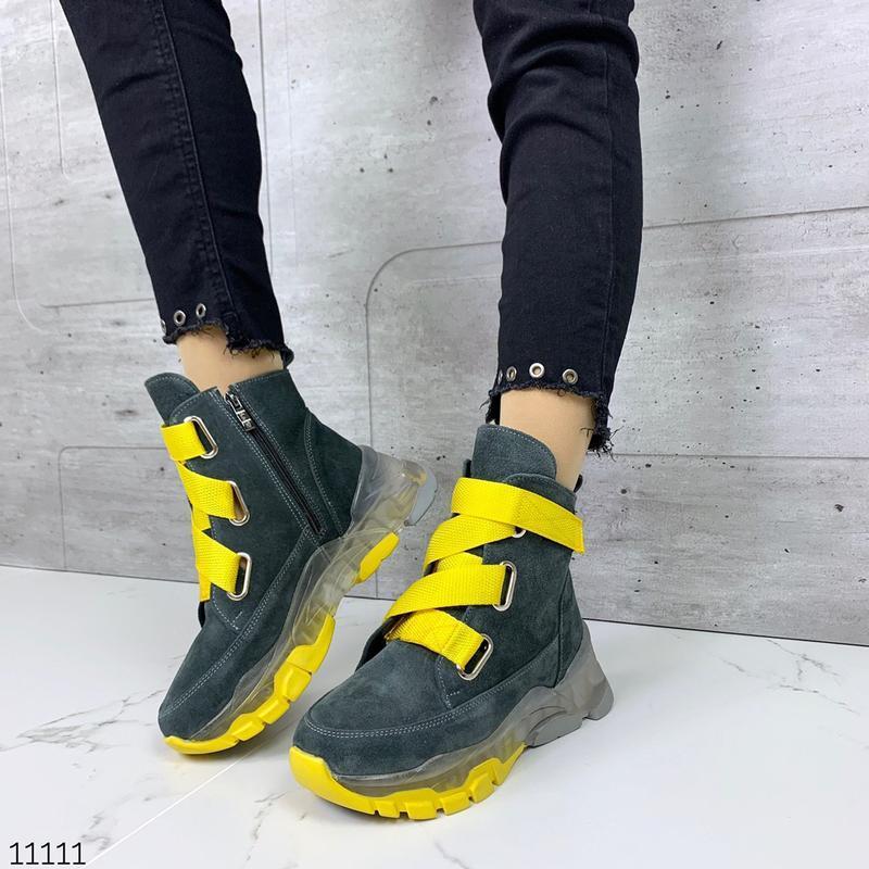 Зимние замшевые кроссовки серого цвета,высокие кроссовки из на...