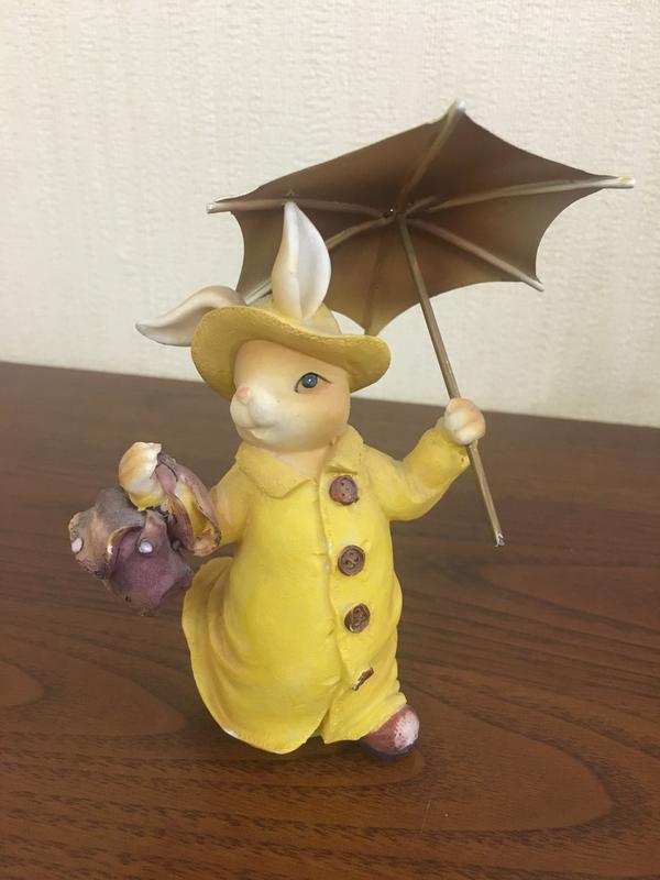 Классный заяц с зонтом