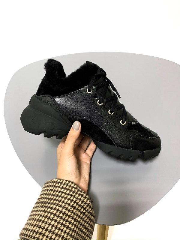 Шикарные женские зимние кроссовки с мехом dior black