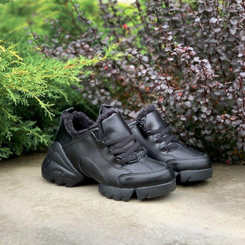 Шикарные женские зимние кроссовки с мехом christian dior black