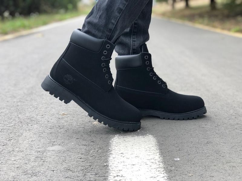 Шикарные зимние ботинки timberland black с мехом