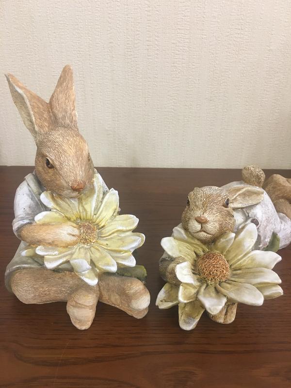 Статуэтки парочка влюбленных зайцев