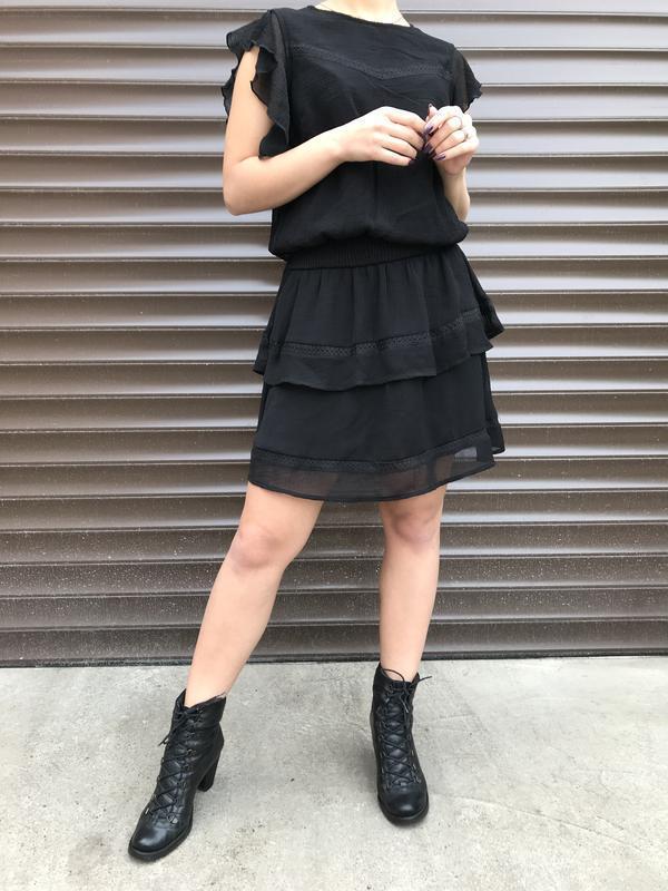 Стильное оригинальное черное платье