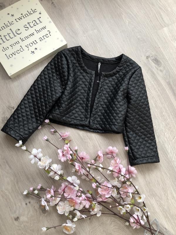 Очень стильный короткий жакет для девочки, пиджак для девочки