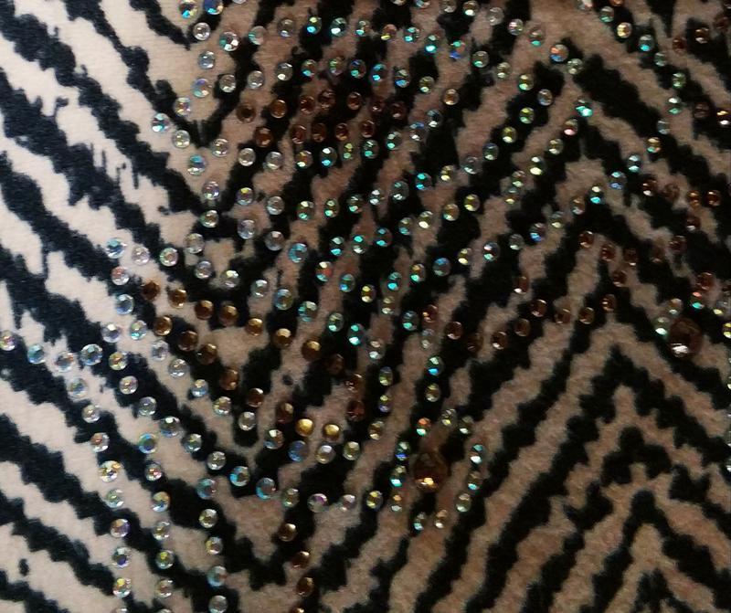 Женский свитер,блуза с оригинальным принтом и стразами с вязан... - Фото 6