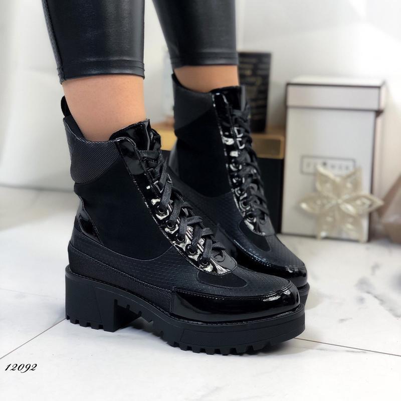 Демисезонные ботинки на низком каблуке,высокие чёрные ботинки ...