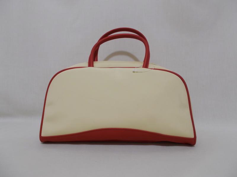 Новая сумка косметичка ванильно-бордовая 'clarins paris'