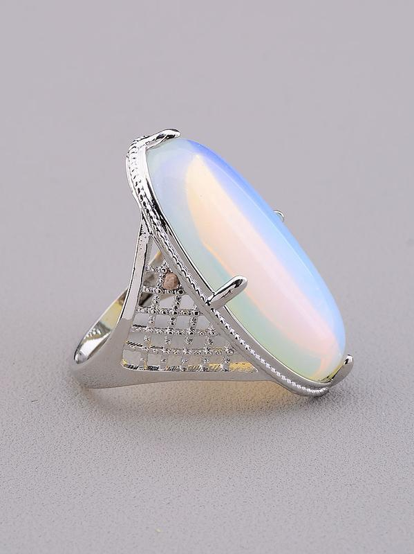 Кольцо лунный камень 'pataya'  0846530