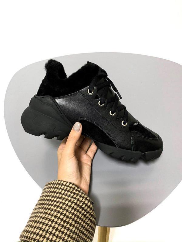 Шикарные женские зимние хайповые кроссовки с мехом 😍