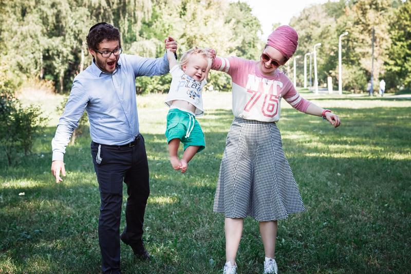 Семейная фотосъемка на улице