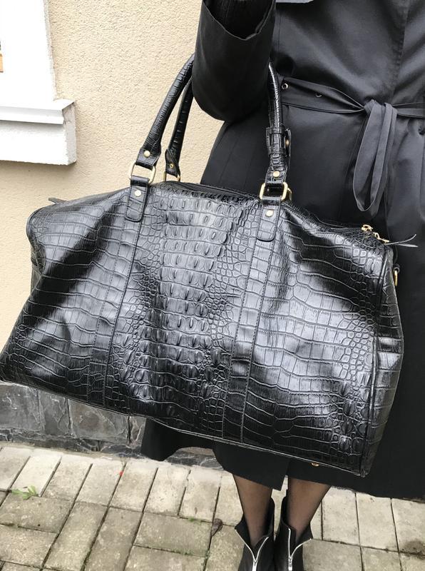 Большая дорожная сумка,унисекс, теснение пол рептилию,кож.зам.