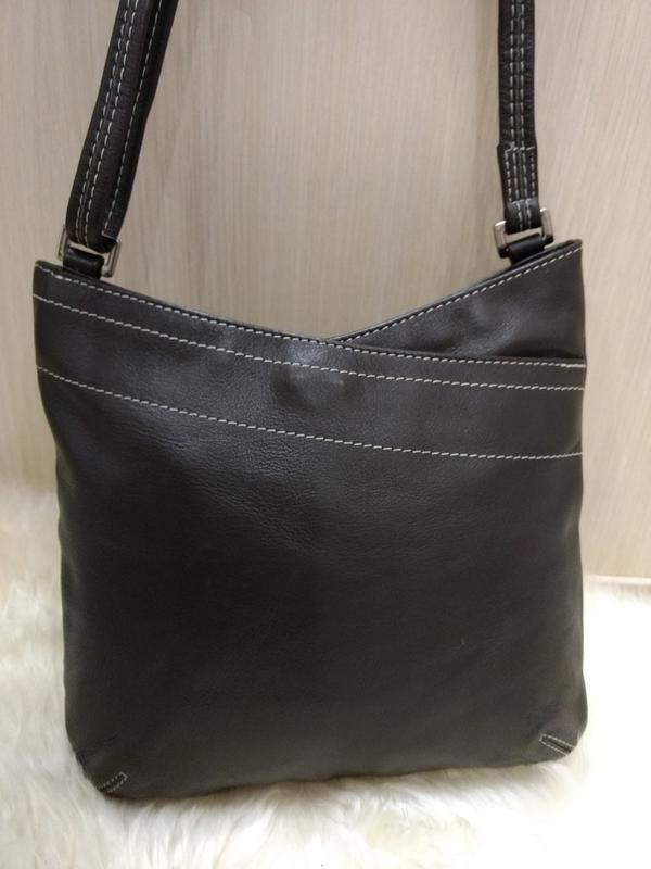 Практичная кожаная сумка next в новом состоянии