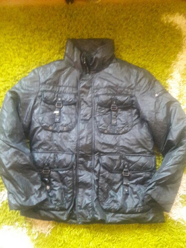 Теплющая крутейшая мужская курточка peuterey