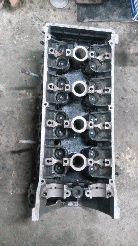 Продам блок (головка)ГАЗ Волга 406 двигатель