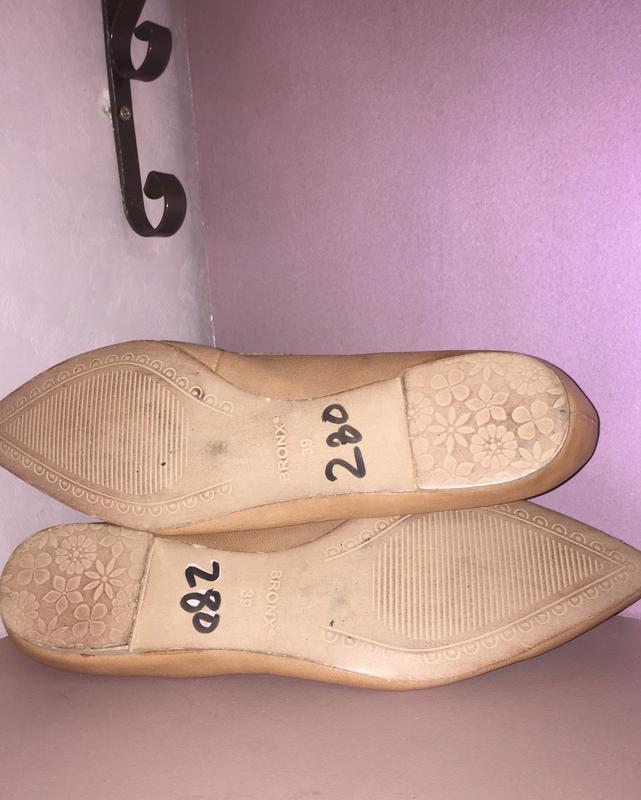 Легкие летние туфли балетки  лодочки без каблука с зауженным н... - Фото 7