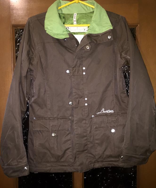 Куртка лыжная «burton» размер s коричневая с ярко зеленой сала...
