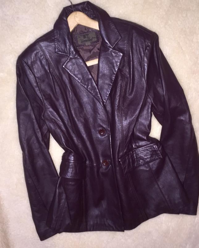 Куртка пиджак жакет из натуральной кожи баклажанового цвета